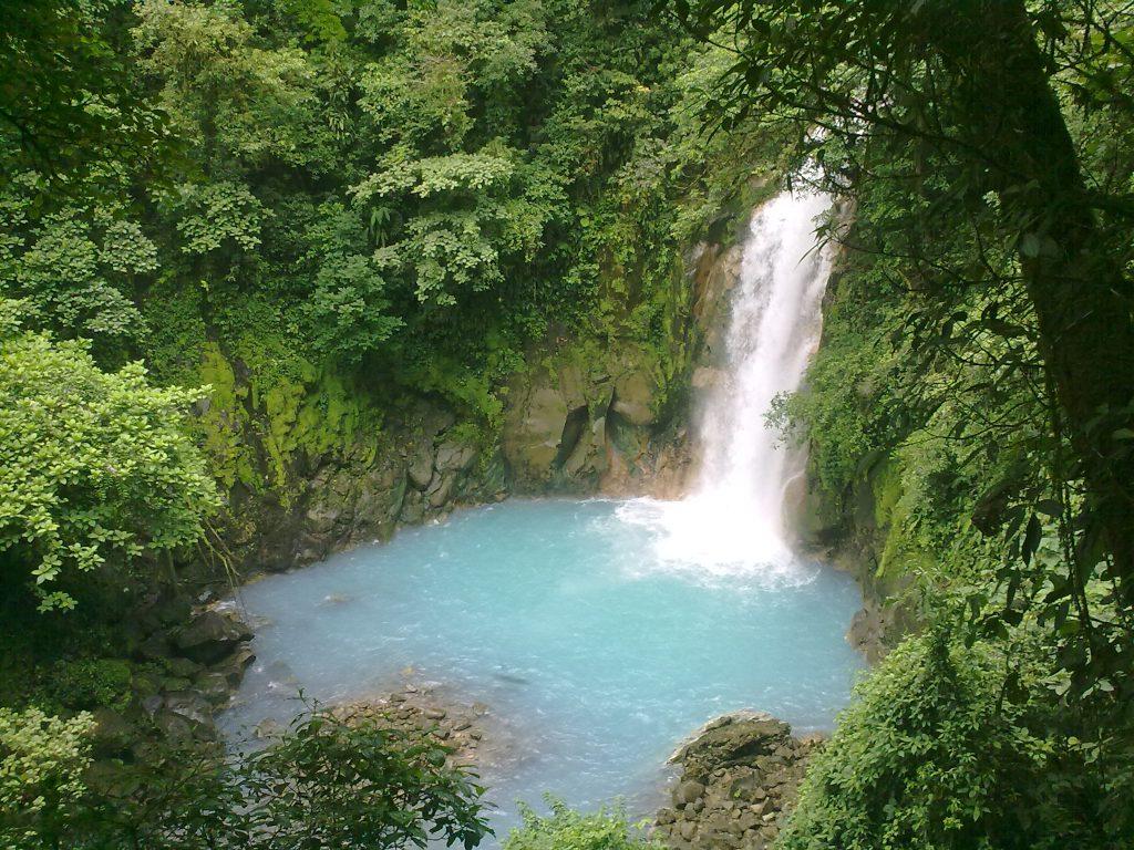 Rio Celeste Hiking & Waterfall