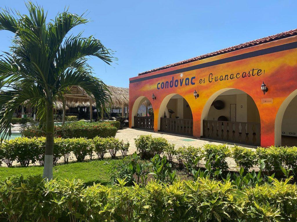 Condovac La Costa Hotel