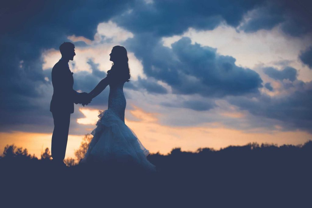 2 recommendations in vehicles you have to consider when it comes to wedding transportation service Costa Rica